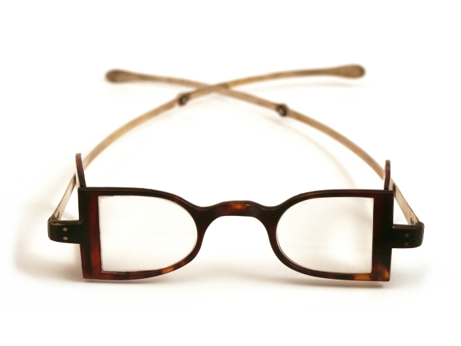 antique-spectacles-tshell-silver-102