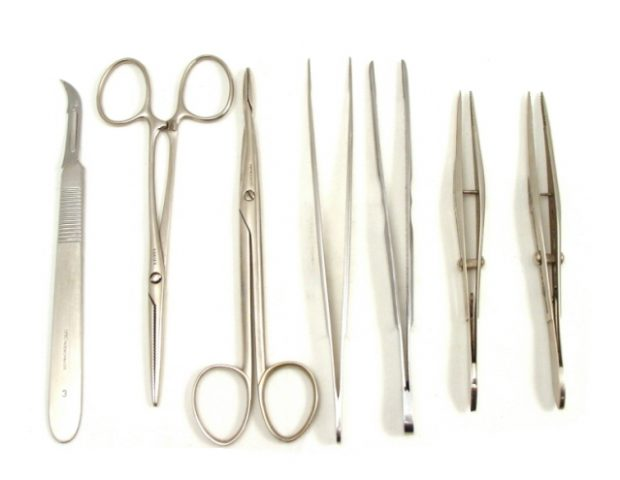 antique-travelling-surgical-set-(viennese)-305