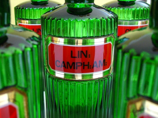 Green Ribbed Gold LUG Apothecary Bottles