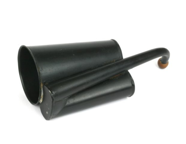 ear-trumpet-convoluted-german-b19-105
