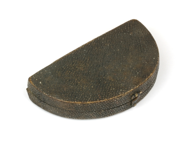 needle-case-shagreen-102