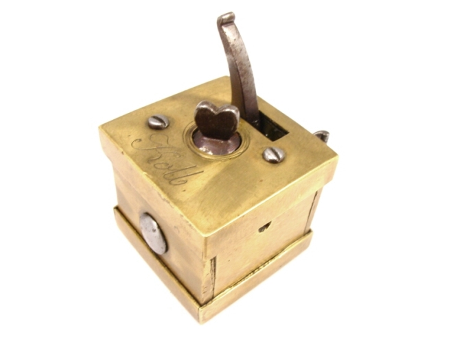 scarificator-square-brass-boxed-kolb-305