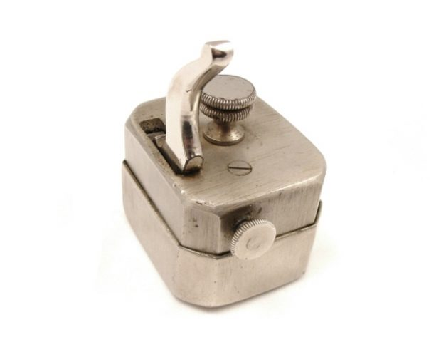 scarificator-square-nickel-swedish-103